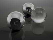 Chrome y bolas de cristal imagen de archivo libre de regalías