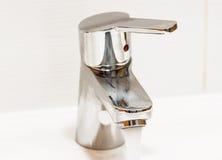 Chromu faucet z rękojeścią Obraz Royalty Free