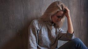 Chroniczny zmęczenie syndrom kobiet zmęczeni potomstwa obrazy royalty free