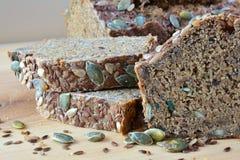 Chronobrood met zaden, zijaanzicht Royalty-vrije Stock Foto's