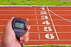 Chronomètre dans le domaine d'athlétisme Image libre de droits