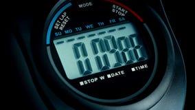 Chronometertellingen aan Close-up 10 op Zwarte stock video