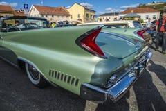1960 Chrysler Newyorker 2 Convertibele Deur Stock Afbeeldingen