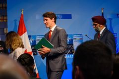 Chrystia Freeland, minister av utländskt - angelägenheter av Kanada, Justin Trudeau, premiärminister av Kanada och Harjit Singh S royaltyfria foton