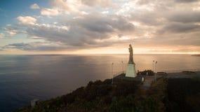 Chrystus królewiątko statua jest Katolickim zabytkiem na madery wyspie, Portugalia widok z lotu ptaka Zdjęcie Royalty Free