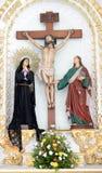 Chrystus przedstawiał na drewnianym krzyżu Zdjęcia Royalty Free