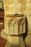 Chrzcielna chrzcielnica w St Nicholas kościół, Sandhurst, Sussex obrazy stock