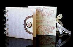 Chrzczenie, ślubny notatnik Fotografia Royalty Free