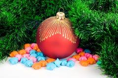Chuchería de la Navidad con la estrella Fotografía de archivo libre de regalías