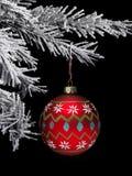 Chuchería y árbol de navidad foto de archivo