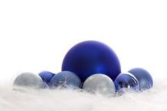 Chucherías azules de la Navidad Imagen de archivo libre de regalías