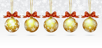 Chucherías de la Navidad en una tarjeta del fondo del copo de nieve Fotos de archivo libres de regalías