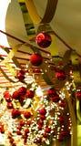Chucherías y cintas de la Navidad Fotos de archivo