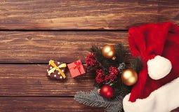 Chucherías y regalos de la Navidad Imagenes de archivo