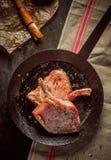 Chudzi kassler kotleciki lub wieprzowin cutlets obrazy stock