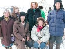 Chukotka i Bilibino, Chukchi Händelser och handel, nationella kläder ganska vinter arkivbild