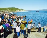 Chukotka i Bilibino, Chukchi Händelser och handel, nationella kläder royaltyfria bilder