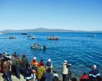 Chukotka i Bilibino, Chukchi Händelser och handel, nationella kläder fotografering för bildbyråer