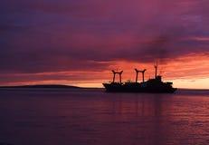 Chukotka. Juli. Middernacht. Royalty-vrije Stock Afbeeldingen