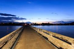 Chumphon Tailandia del molo di tramonto Fotografie Stock Libere da Diritti