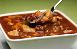 Chunky beef and vegetable soup Royalty Free Stock Photography