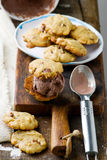Chunky Peanut, cioccolato e biscotti della cannella Stile rustico Immagine Stock Libera da Diritti