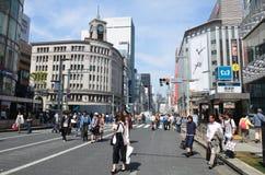 Chuo-Dori на токио Японии Ginza Стоковая Фотография