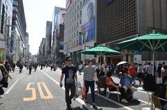 Chuo-Dori на токио Японии Ginza Стоковые Фотографии RF