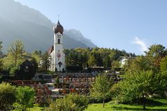 The church in Grainau with Zugspitze 03 Royalty Free Stock Image