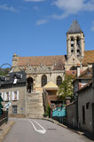 Church and village of Vetheuil in Val d Oise Stock Photos