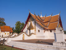 Church of Wat Phu Mintr under blue sky Royalty Free Stock Images
