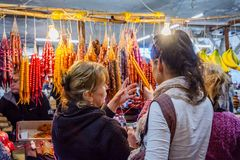 Churchkhela al bazar, Kutaisi, Georgia Immagine Stock Libera da Diritti