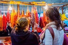 Churchkhela al bazar, Kutaisi, Georgia Immagini Stock