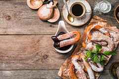 Churros, café e chocolate quente fotografia de stock royalty free