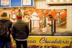 Churros en Chocoladebox in Opera Madrid Spanje Stock Afbeelding
