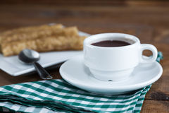 Churros przeciwu czekolada, typowa Hiszpańska słodka przekąska Zdjęcia Stock