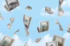 Chute de billets de banque du dollar Images stock