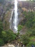 Chute de l'eau de diyaluma du Sri Lanka et endroit naturel Photo stock