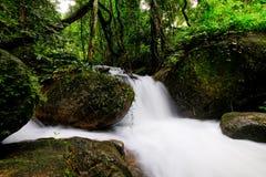 Chute de l'eau de la Thaïlande Images stock