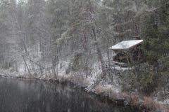 Chute de neige au parc national d'Oulanka Photographie stock libre de droits