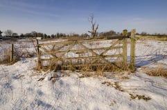 Chutes de neige fraîches en le Suffolk Photos libres de droits