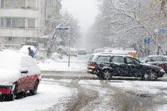 Chutes de neige lourdes à Sofia, Bulgarie photos stock