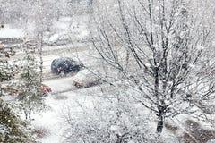 Chutes de neige lourdes ou tempête de neige image stock