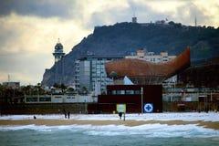 Chutes de neige de plage de Barcelone photo libre de droits