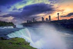 Chutes du Niagara et automnes américains, l'état de New-York, Etats-Unis Photo stock