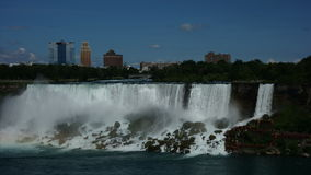 Chutes du Niagara un jour d'été de Prestine Photographie stock libre de droits
