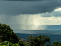 A chuva cai fotografia de stock