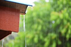 Chuva de queda Fotos de Stock