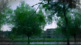 A chuva deixa cair o fundo, movimento lento criativo filme