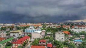 A chuva está vindo fotografia de stock royalty free